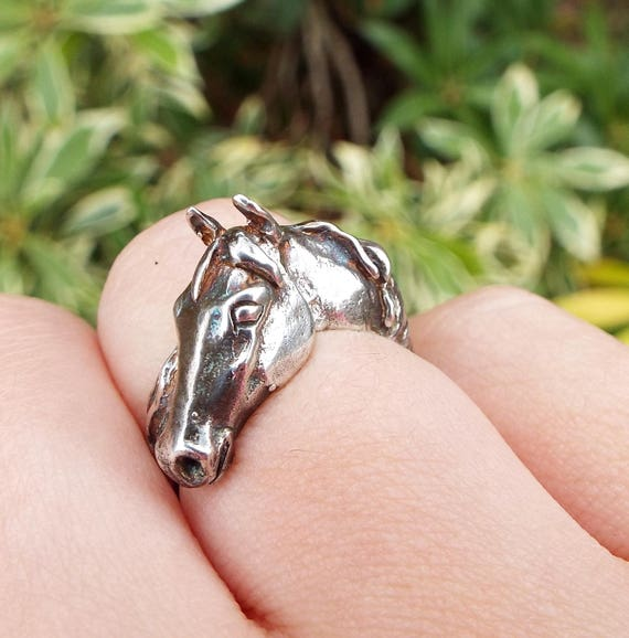 Vintage Hallmarked 1980 Sterling Silver Detailed Realistic Horse Ring Size M 1/2