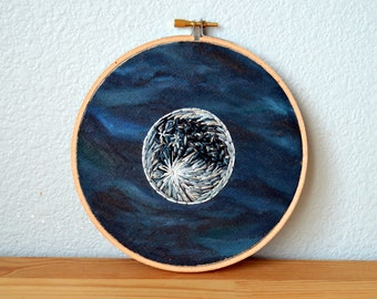 Full Moon Original Oil Painting, Lunar Mixed Media Art, Oil Painting & Embroidery, Hoop Art, Fiber Art, Moon Phase Artwork, Home Decor