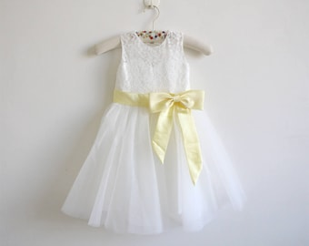 Light Ivory Flower Girl Dress Baby Girl Dress Light Ivory Lace Tulle Flower Girl Dress With Light Yellow Sash/Bows Floor-length