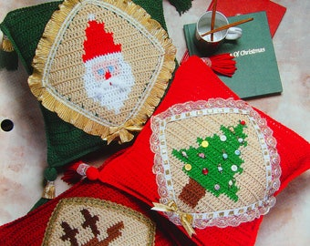 Trio Of Christmas Pillows By Sandra Miller Maxfield Crochet Collector's Series Crochet Pattern Leaflet 1998