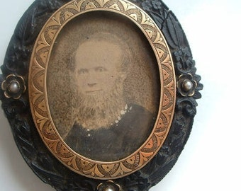 Large Victorian double sided mourning brooch