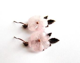 Rose quartz flower earrings, floral earrings, rose quartz copper earrings, pink flower stone earrings, gemstone dangle earrings