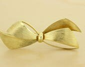 Tiffany and Co 14K Gold Florentine Finished Bow Brooch