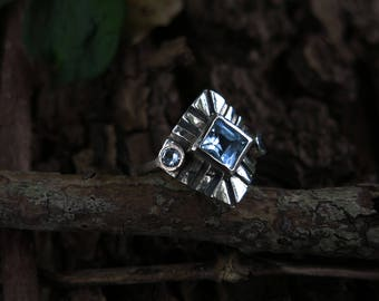 Size 7 Blue Topaz Shield Sterling Silver Ring