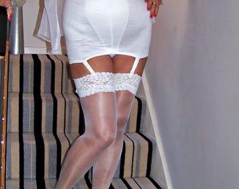 Stunning vintage shiny white open bottom suspender girdle,large size 35-36 waist,immaculate.