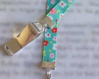 ON SALE Mom Bookmark / #1 Mom Bookmark / I Love Mom Bookmark - Attach to book cover then mark the page with the ribbon. Never lose your book