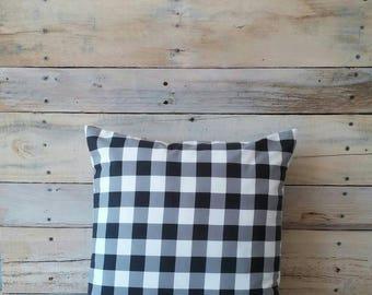 Buffalo Check Pillow, Plaid Pillow, Farmhouse Decor, Rustic Home Decor, Pillow Cover, Accent Pillow, Decorative Pillow, Housewarming Gift