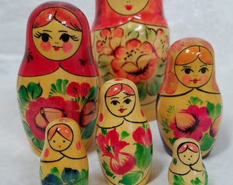 Vintage Russian  matryoshka stacking dolls, wooden dolls, stacking dolls, Russian stacking dolls, wooden hand painted dolls