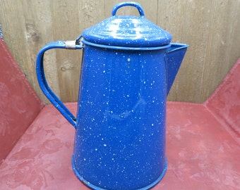 Cinsa Enamelware Blue Speckled Campfire Coffee Tea Pot with attached Lid