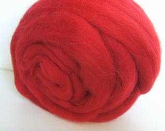 Wool felting or spinning carded Merino worsted red flame 25g