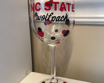 Wine Glass (12 oz) - NC State Wolf Pack w/ Polka Dots