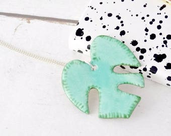 Monstera Leaf Necklace, Monstera Jewelry, Monstera Deliciosa, Tropical Leaf, Plant Jewelry, Botanical Jewelry, Summer Trend, Summer Jewelry