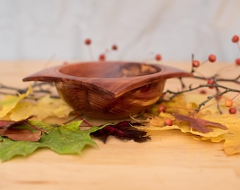 Square-Rimmed Wooden Bowl - Eastern Red Cedar