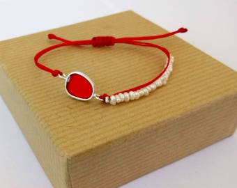 Silver Pebble Bracelet with Pearls, Adjustable Red Cord, Handmade Pearl Bracelet, Red Resin,Minimal Chic, Valentine gift