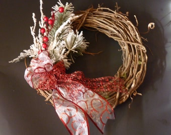 Grapevine christmas wreath. christmas wreath. door wreath. grapevine wreath