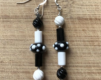 Black Onyx Earrings, White Agate Earrings, Beaded Earrings, Asymmetrical Earrings, Chinese Lampwork Earrings