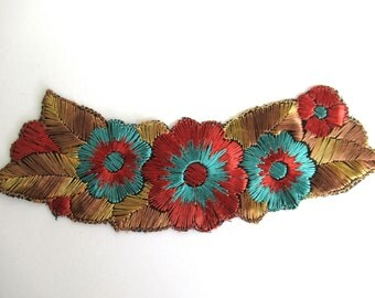 Trim Applique, 1930s floral embroidered applique. Vintage patch, sewing supply. #6A7G14AKD
