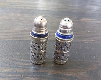 Vintage salt and pepper shakers, Cobalt Blue and Silver Filigree Salt and Pepper Shakers, Silver Plate Shakers Set of 2 Raimond Glass