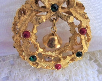 Christmas Wreath with Bell Brooch Pin, Signed LJM, Vintage Christmas Jewelry Gift