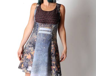 Blue suspender Skirt, Nature printed skirt, High waisted jumper skirt, Womens blue and brown skirt, Womens clothing, Womens skirts, UK10