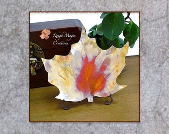 Maple Leaf Copper Dish Rustic Autumn Decor Fall Colors, Thanksgiving Housewarming Hostess Gift, Eco Friendly Art Plate, Artisan Metalwork