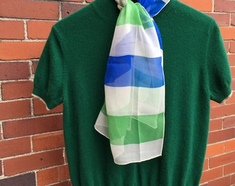 Kelly green cashmere sweater, short sleeves, Vintage cashmere sweater, ladies sweater, vintage sweater, TwoSwansSweater