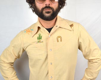 Vintage Embroidered Pearl Snap Western Shirt