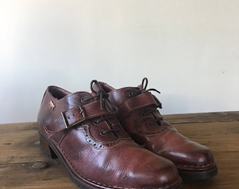 Vintage Women's Pikolinos Brown Leather Brogues, Buckle Shoes, Lace Up Shoes, Loafers, Vintage Oxfords, Made in Spain, Size 39, Size 8.5