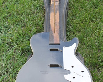SOLD Do Not Purchase Vintage 1960s Silvertone Parts Guitar with Case, Project Guitar