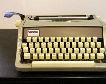 1969 Brother Pro-Line 710 Typewriter, Working typewriter, brown typewriter, vintage typewriter