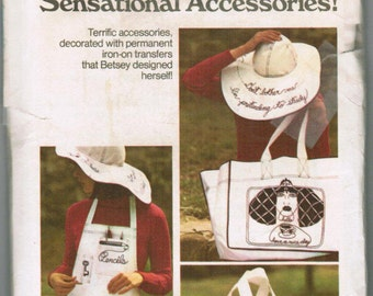 Butterick 3850  VINTAGE Sewing Pattern Terrific accessorie decorated with permanent iron-on transfers that Betsey Johnson designed herself