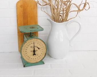 Vintage Way Rite Scale, Green Scale, Farmhouse Chic, Farmhouse Scale, Fixer Upper, Farmstyle Decor