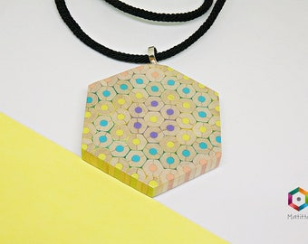 Kaya | Necklace from colored pencils | hexagonal