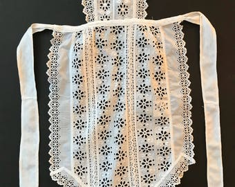 Antique Victorian 1880 French maid Apron white cotton Made Of Hand Embroidery Trims. for clothing, costume, dance, folk, burlesque