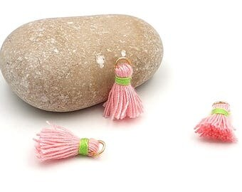10 charms tassels pink 18mm