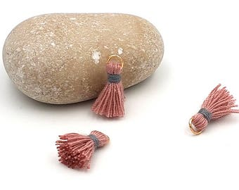 10 charms tassels 18mm pastel pink color