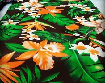 Hawaiian Tropical style table runner