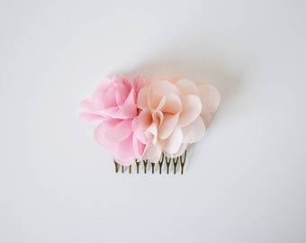 Pink and coral flowers wedding hair comb, flower wedding hair accessory, hair flowers comb