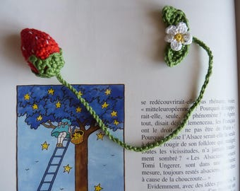 Bookmark Strawberry and flower in crochet cotton