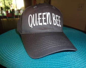 1 Hat Curved Brim Unstructured Mom Caps Hats Vinyl lettering Friend Famly Teams school Queen Bee  Nana Gramhat cap hats