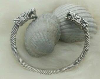 Wolf bracelet in Sterling Silver