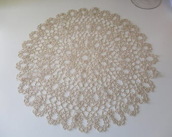 Handmade crocheted tatting doiley round detailed piece.  Large 18 inch diameter doiley.  A tatting piece.