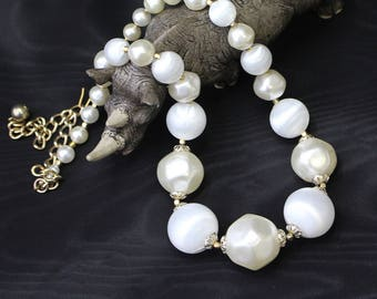 Vintage Necklace Single Strand Graded Ivory and White Round and Faceted Acrylic Beads Gold Tone Spacers and Caps Extender Chain Re-Threaded