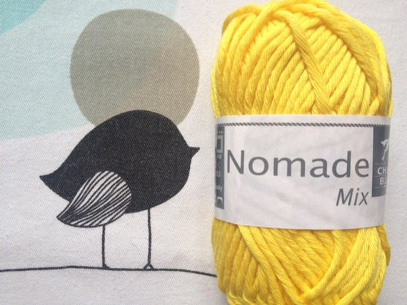 WOOL MIX gold button - white horse Nomad
