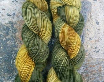 BFL High Twist, That 70s Show, hand dyed yarn