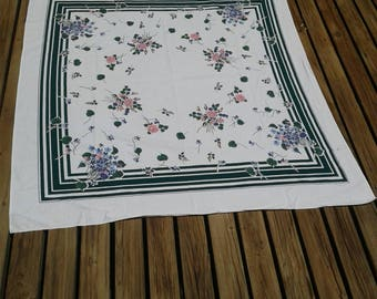 Vintage Floral Tablecloth, Pink Rose, Cutter Fabric, Project Fabric, Made In America, Vinatge Kitchen