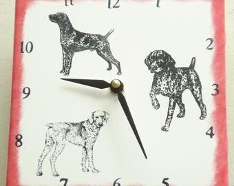 "Ceramic tile German Shorthair Pointer dog clock, 6"" square, red border"