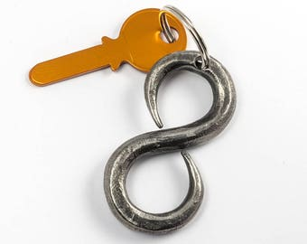 Valentine's Day Gift - infinity keychain hand-forged - iron gift
