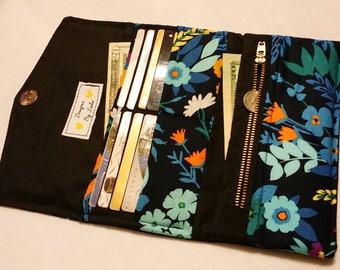 Women' Handmade Tri Fold Wallet