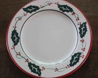 "Vintage FURIO Italy Holly Berry 10-1/4"" Dinner Plates Christmas Holiday - Set of 4"